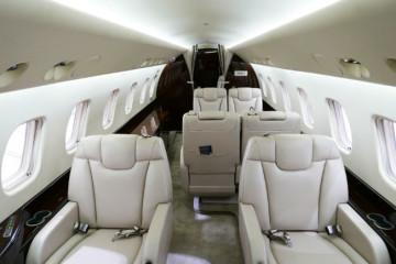 Embraer Legacy 650 cabin