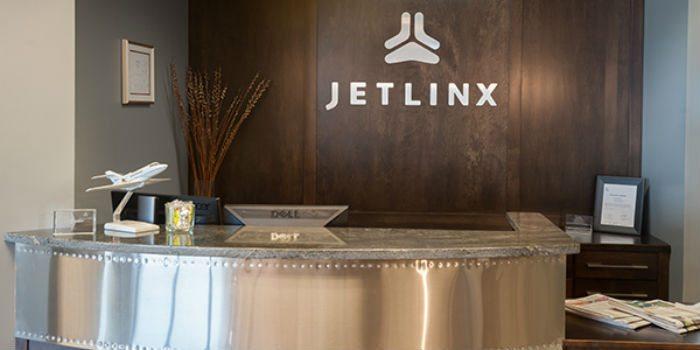 Jet Linx Omaha front desk