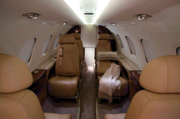 Aircraft Comparison Pilatus Pc 24 Vs Cessna Citation Cj4 Vs Embraer Phenom 300 Corporate Jet