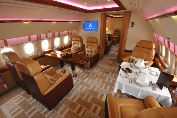 How the dining area inside an Airbus ACJ319 may look.