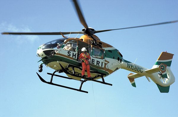 Elicottero Ec 135 : American eurocopter showcases ec at police conference