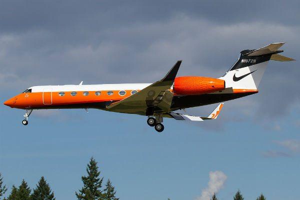 Gulfstream G550 N1972N