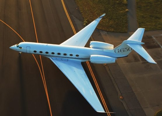 First G650 lease closes