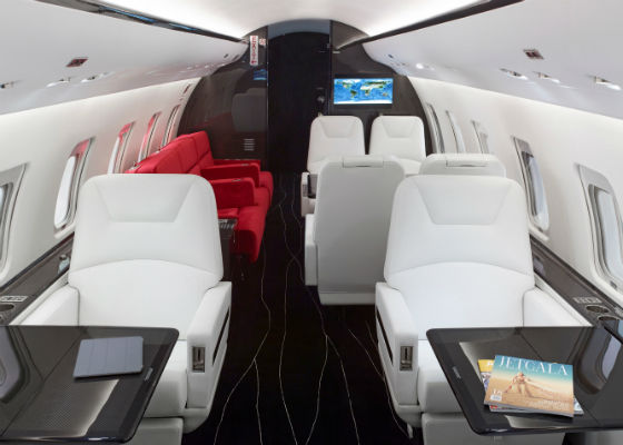Bombardier Challenger 850 carbon fibre cabin interior by Flying Colours