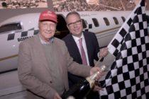 Niki Lauda orders a Global 7000