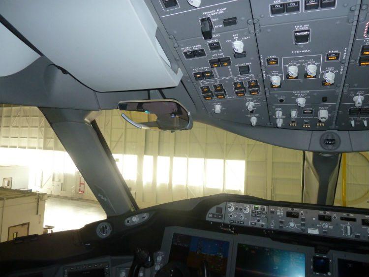 Greenpoint VIP 787-8 cockpit