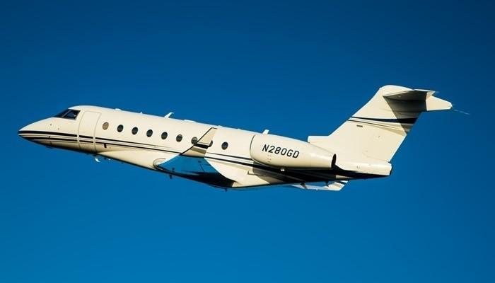 2004; 2013; 280; B-52; B52; CA; California; Camarillo; G280; GAC; Gulfstream; Gulfstream Aerospac; Gulfstream Aerospace; aerial; air to air; blue; chino; coast; coastline; g250; morning; mountains; ocean; shore; sunny; sunrise; waves  2013 - RELEASE 01, G280, g280, air, aerial, air-to-air, a2a, air2air, _I5P6579