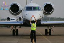 Deer Jet FBOs accept AVCARD